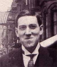 The only known photo of HP Lovecraft smiling